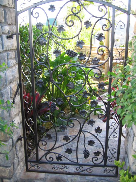 Custom Decorative Iron Gates